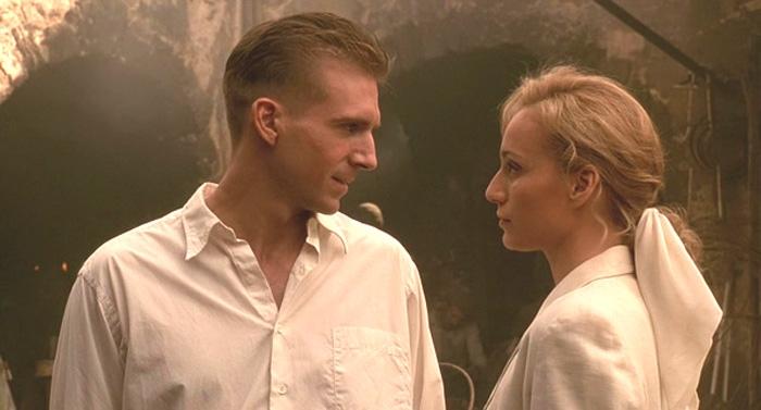Kristin Scott Thomas y Ralph Fiennes